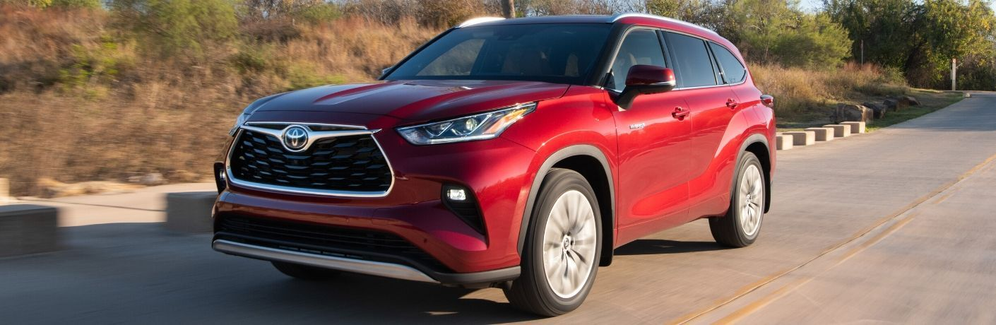 2020 Toyota Highlander Hybrid from exterior front driver's side