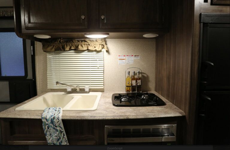 Sink and oventop of Forest River Apex RV