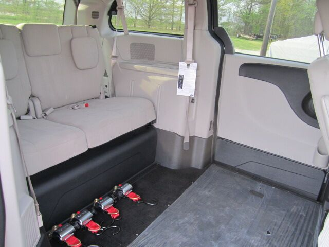 2011 Dodge Grand Caravan for Rent | Wheelchair Accessible Vehicles Conyers GA