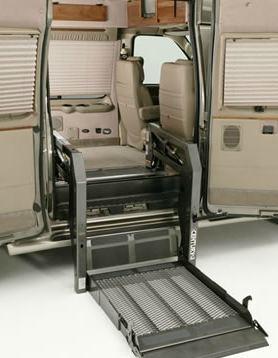 Braun Century Series Lift