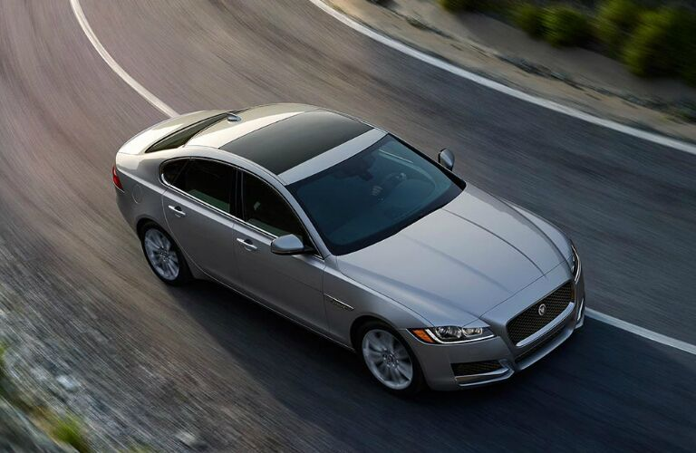 2017 Jaguar XF vs 2016 BMW 528i Engine Options