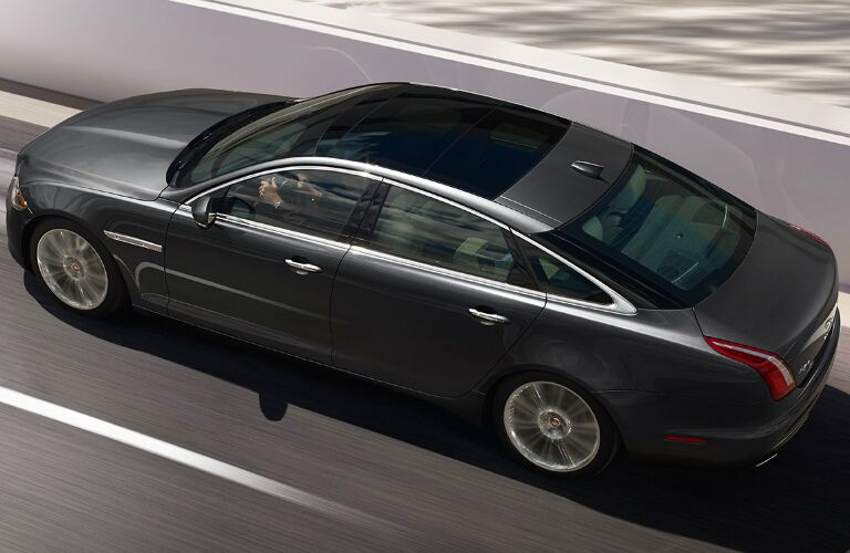 2017 Jaguar XJ San Antonio TX Performance and Engine Specs