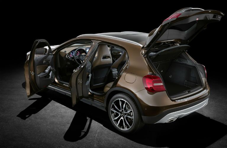 2015 Mercedes-Benz GLA-Class Cocoa Brown Metallic Exterior