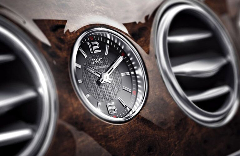 2016 Mercedes-Benz S-Class Analog Clock