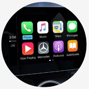 Does the CLA 250 have Apple CarPlay?