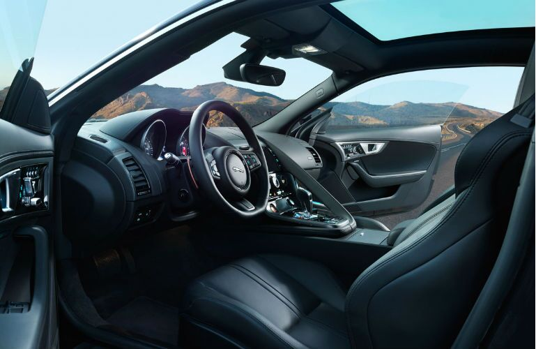 2017 Jaguar F-Type S AWD Steering Wheel and Dashboard