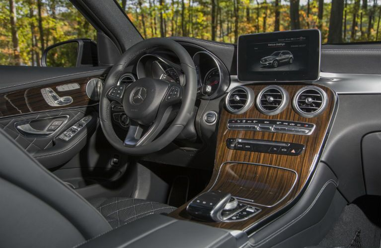 2017 Mercedes-Benz GLC Dashboard