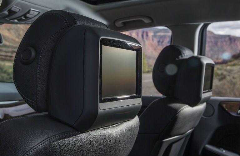 2017 Mercedes-Benz GLS550 Televisions