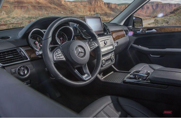 Mercedes-Benz GLS size