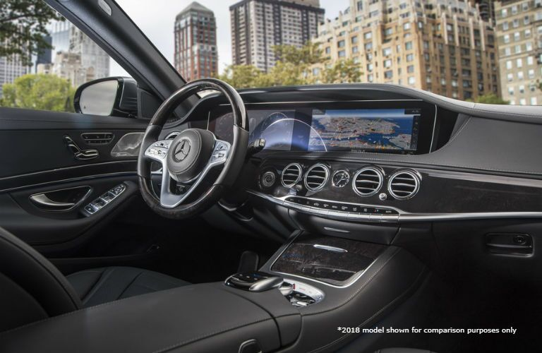 2018 MB S-Class interior front cabin steering wheel and dashboard