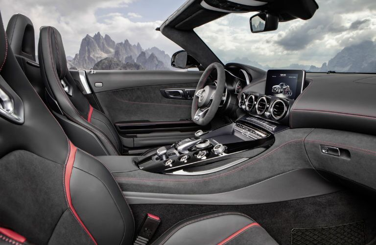 2018 Mercedes-AMG GT C Roadster Center Console
