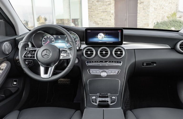2019 C-Class Sedan Command Center