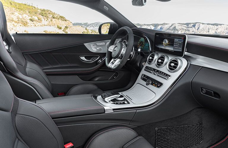 2019 MB C-Class Coupe interior front fascia and steering wheel