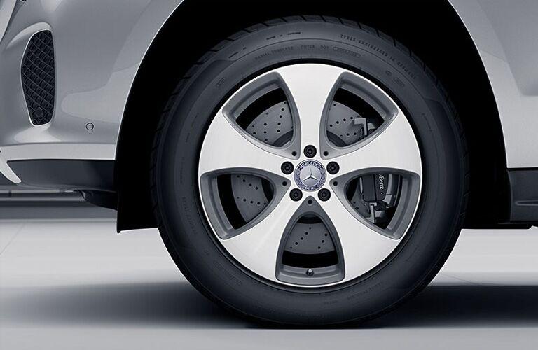 2019 MB GLS exterior close up of tire