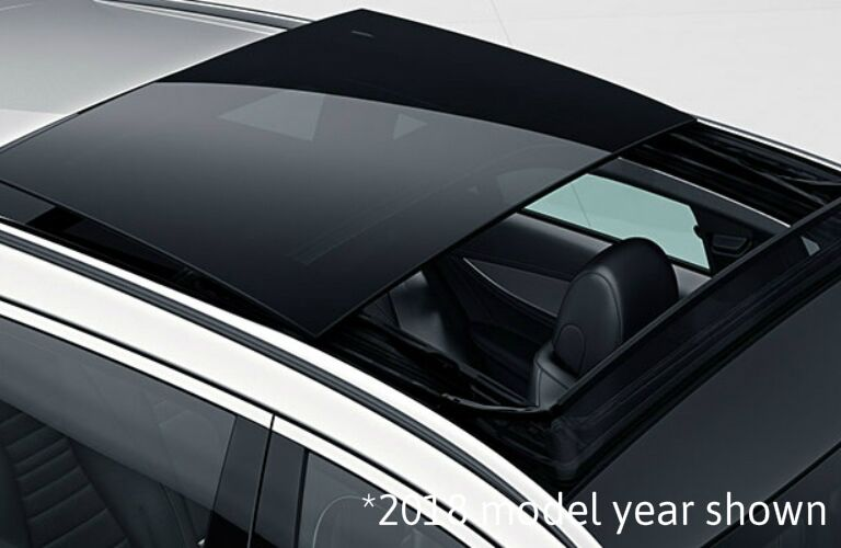 2019 Mercedes-Benz E-Class Wagon sunroof