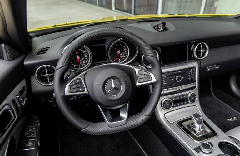 2020 MB SLC Final Edition interior steering wheel and dashboard