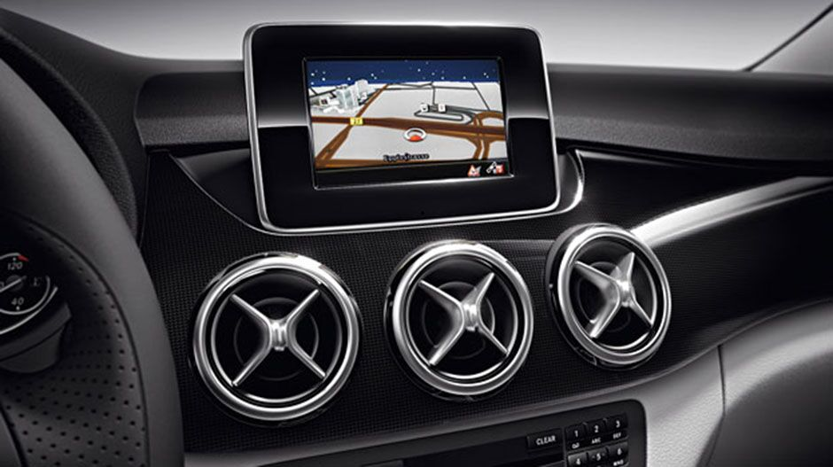 Mercedes-Benz COMAND Manual at Mercedes-Benz of Wilsonville