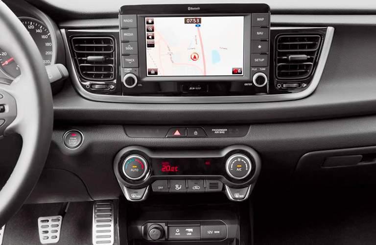 2017 Kia Rio front interior infotainment system