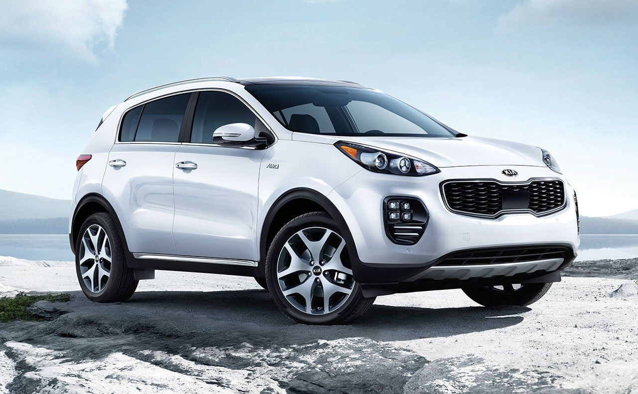 2019 Kia Sportage parked on icy road