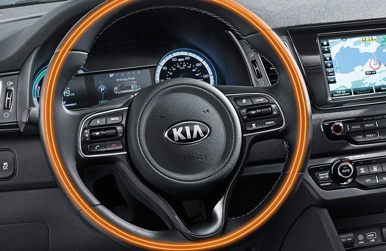 2018 Kia Niro dash and steering-wheel