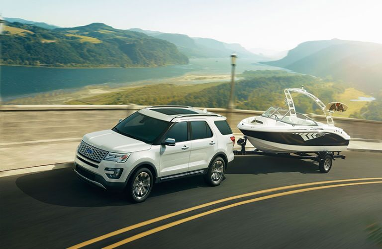 Can the 2017 Ford Explorer tow a boat?
