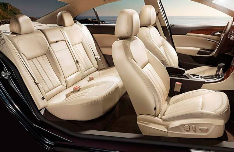 Seating in 2016 Buick Regal