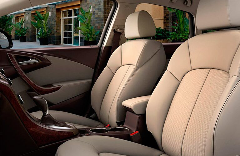 2016 Buick Verano Sport Touring front seats
