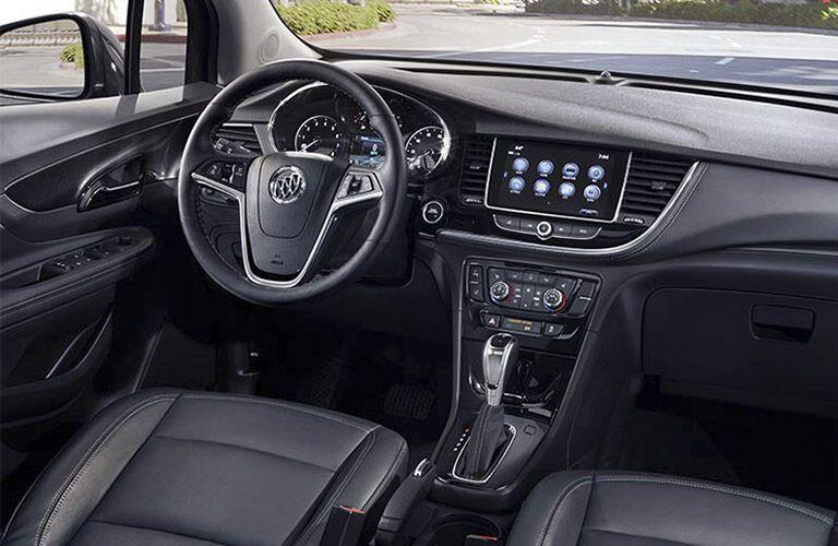 2017 Buick Encore vs 2017 Honda HR-V Technology
