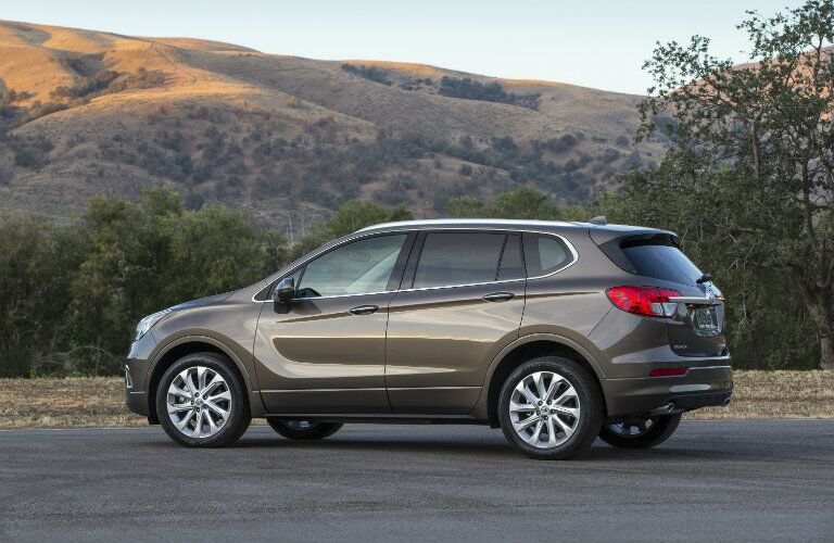 Side profile of 2017 Buick Envision