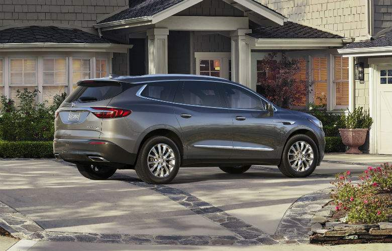Side exterior view of the 2018 Buick Enclave