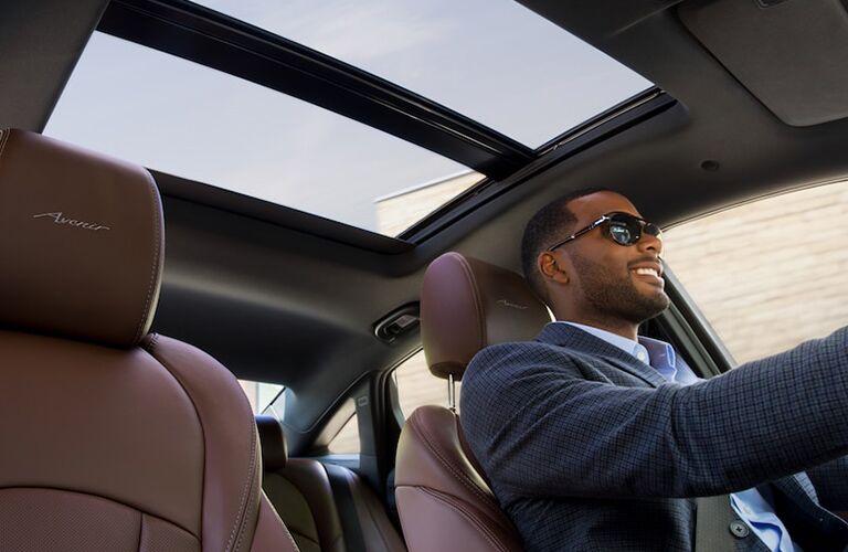2018 Buick LaCrosse Avenir panoramic sunroof