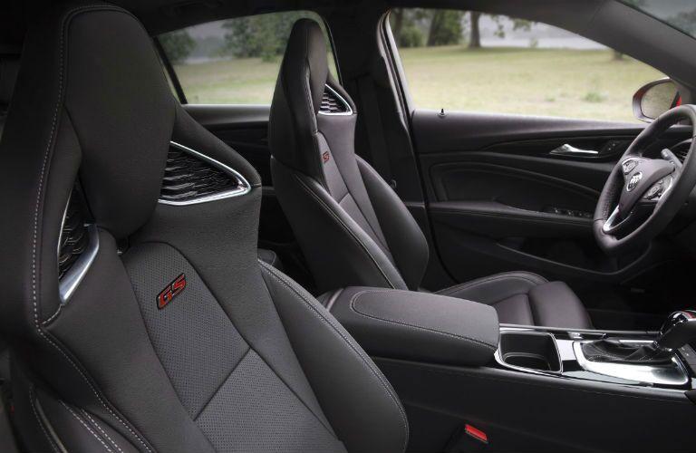 2018 Buick Regal GS sport seats