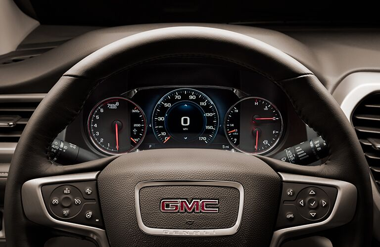 2018 GMC Acadia Denali steering wheel and speedometer