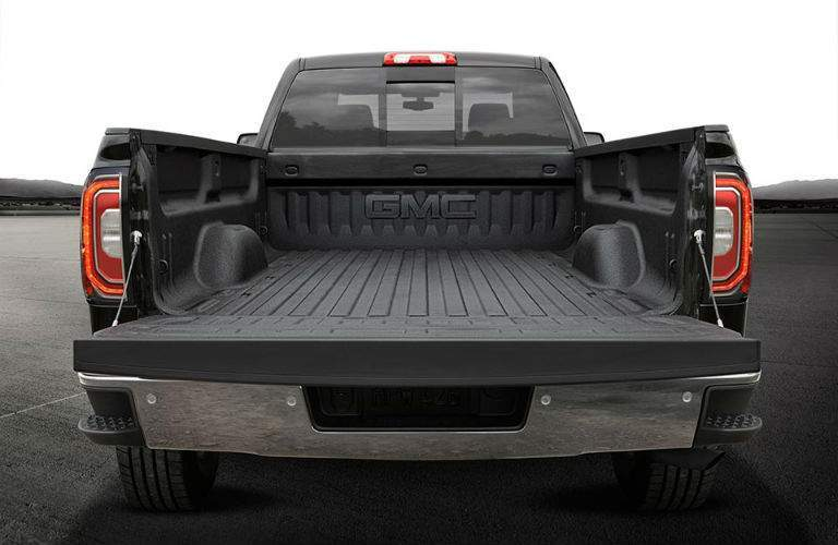 2018 GMC Sierra 1500's empty bed