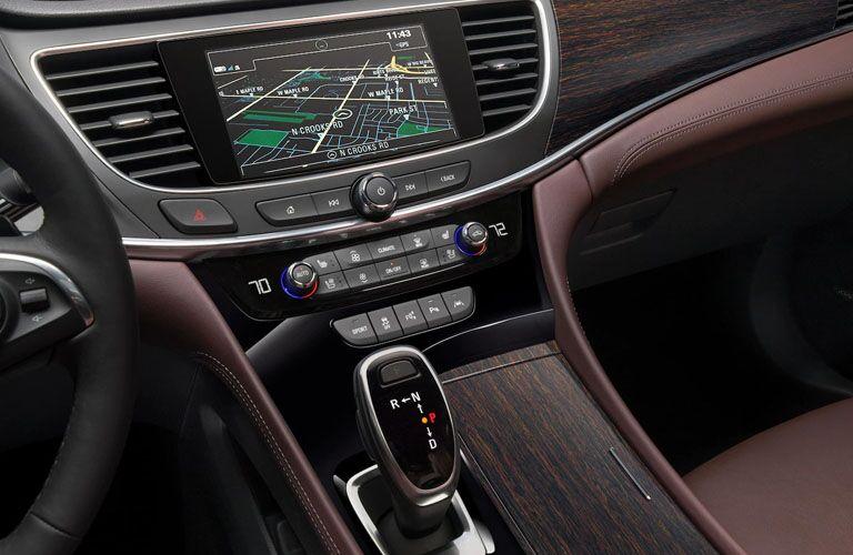 2019 Buick LaCrosse Avenir navigation system