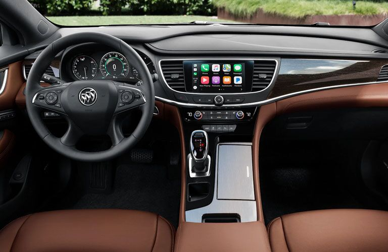 2019 Buick LaCrosse Avenir dashboard features