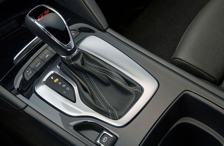 2019 Buick Regal GS center console
