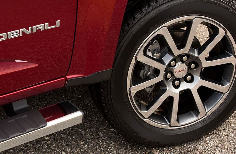 2019 GMC Canyon Denali front wheel
