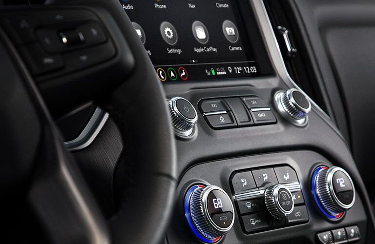 2019 GMC Sierra 1500 Denali dashboard features