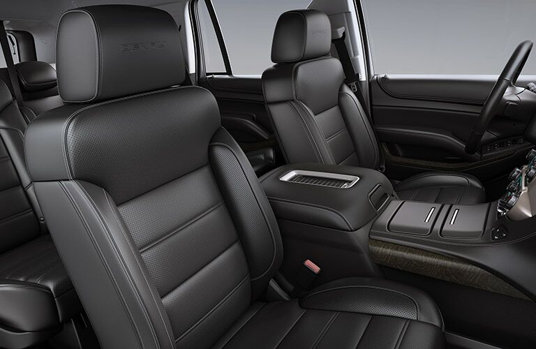2019 GMC Yukon Denali front leather seats