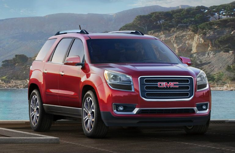 Front profile of 2016 GMC Acadia
