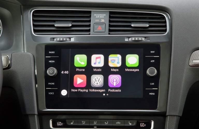2018 Volkswagen Golf Alltrack 6.5-inch infotainment system
