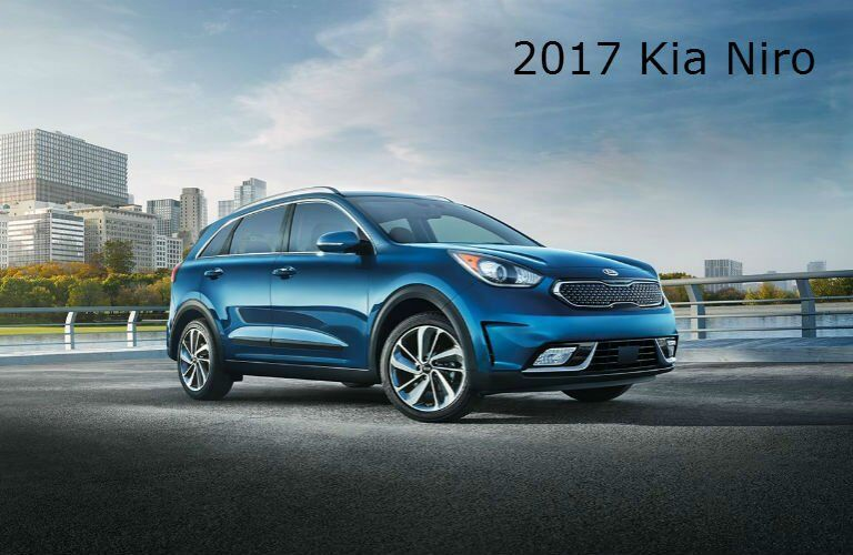 2017 kia niro vs 2017 kia optima gas and hybrid vs 2017. Black Bedroom Furniture Sets. Home Design Ideas
