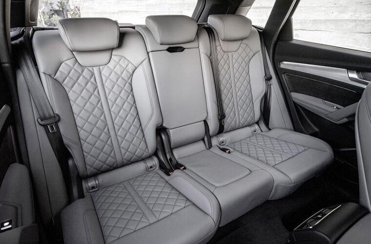 2018 audi q5 rear seating detail