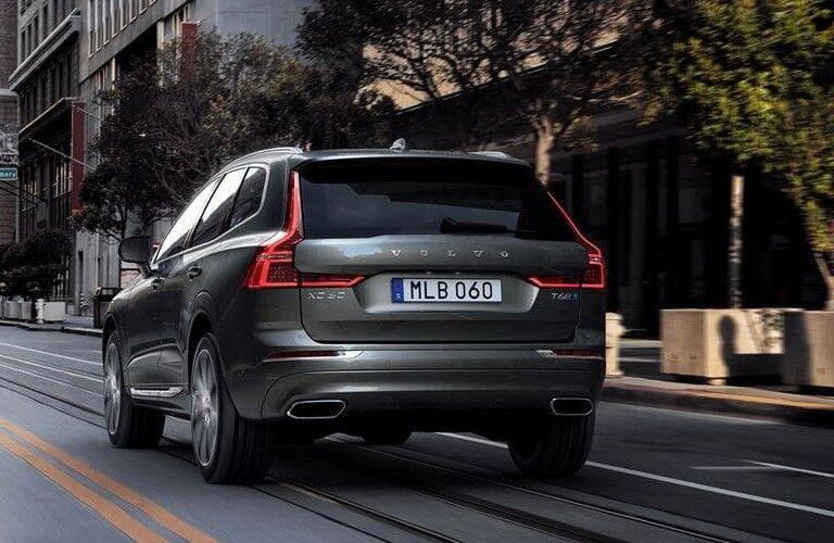 rear of 2020 Volvo XC60 Momentum