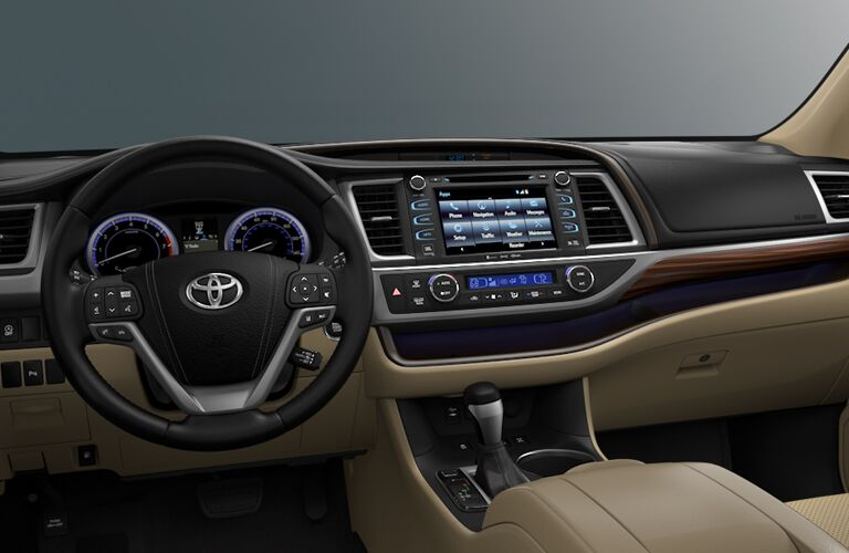 2018 Toyota Highlander Steering Wheel, Dashboard and Touchscreen Display