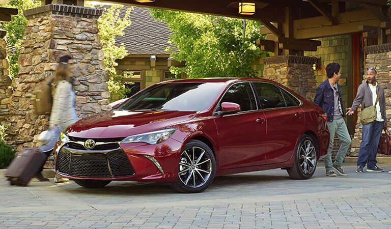 Red 2016 Toyota Camry front Exterior
