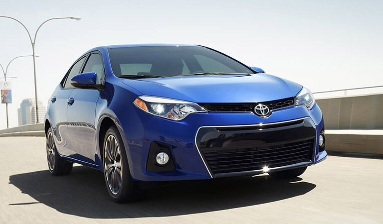 Blue 2016 Toyota Corolla Front