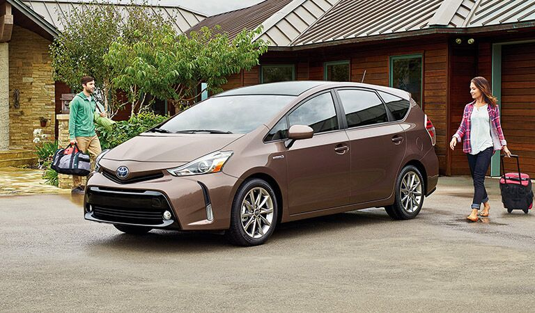 Bronze 2016 Toyota Prius v with Family
