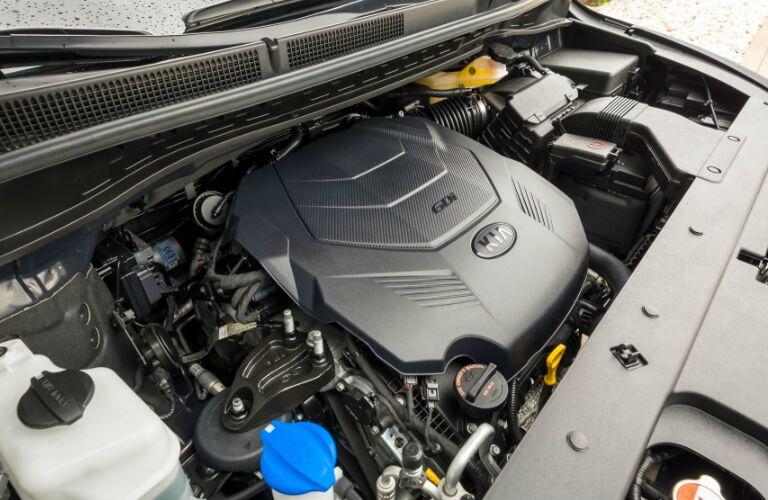 V6 engine in 2020 Kia Sedona
